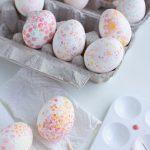رنگ کردن تخمه مرغ