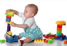 تقویت حس لامسه نوزاد با یک بازی ساده