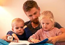 راهکارهای جلوگیری از واکنش منفی کودک در مقابل فرزند کوچکتر