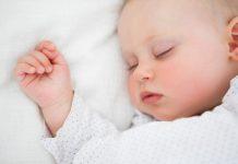 زمان استفاده از بالش برای نوزادان