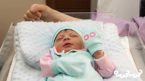 نکات و مشکلات هفته اول به دنیا آمدن نوزاد