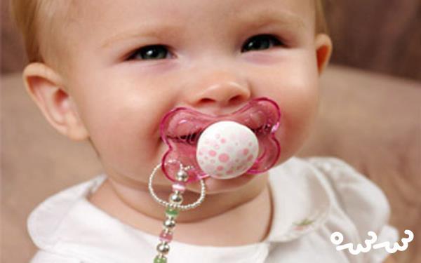 چند راهکار ساده برای گرفتن پستانک از کودک