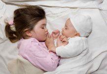 علت بیدار شدن کودک با گریه چیست؟