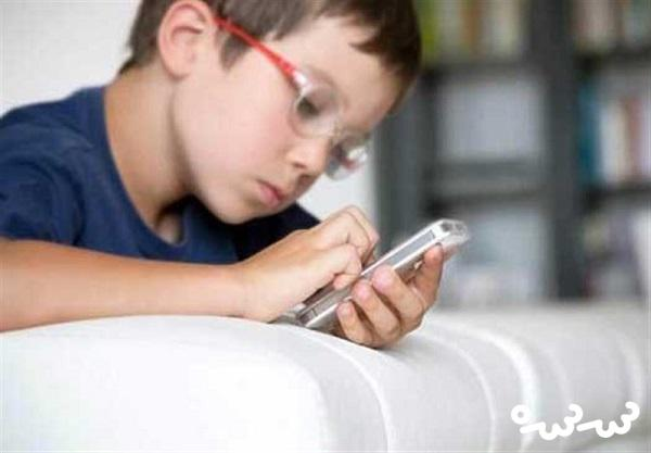 آمریکایی ها دنبال ممنوعیت استفاده کودکان از گوشی هوشمند
