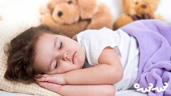 آیا برای کودک عادی است که خیس عرق از خواب بیدار شود؟
