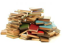 اهدای کتاب به کودکان روستاها و عشایر