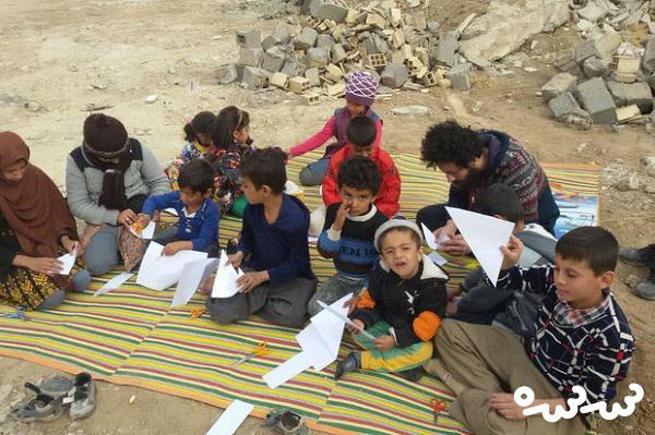 اهدای ۳۰ هزار بسته فرهنگی به دانش آموزان زلزله زده کرمانشاه
