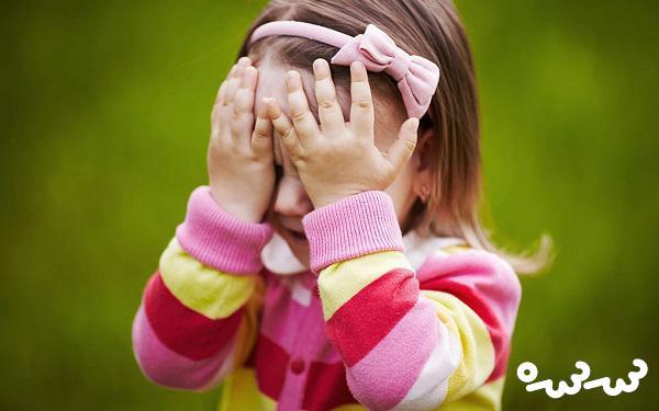 برچسب خجالتی بودن به کودکتان نچسبانید