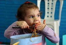 تغذیه کودک بسیار مهم تر از تغذیه بزرگسالان است