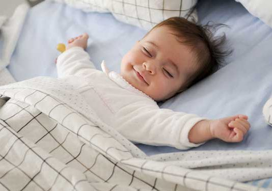 توصیه هایی در مورد خواب نوزاد ۱ تا ۳ ماهه
