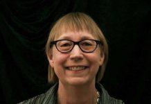 جَن تورن هیل برنده جایزه کتاب سال کودک کانادا شد