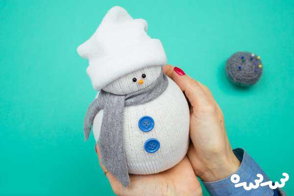 ساخت آدم برفی با جوراب ؛ کاردستی های شب یلدا
