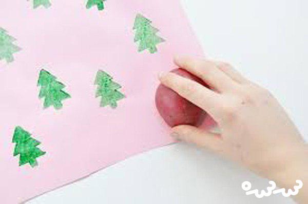 ساخت کاغذ کادو با مهر دست ساز