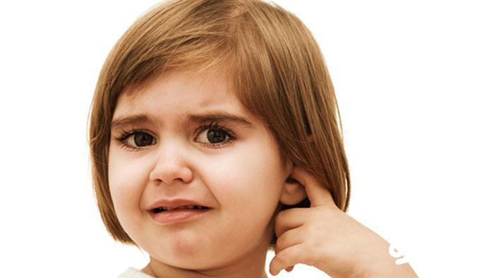 علائم ایجاد عفونت در گوش کودکان