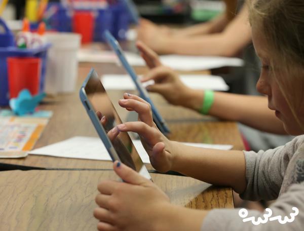 مدیریت زمان استفاده از موبایل در شروع مدارس