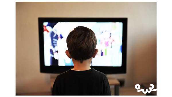 مضرات-تماشای-تلویزیون-برای-کودکان