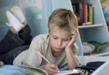 مطالعه در حالت درازکش خوب است یا بد؟