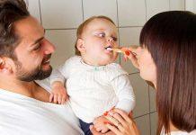 والدین مراقب دندان های نوزادان باشند