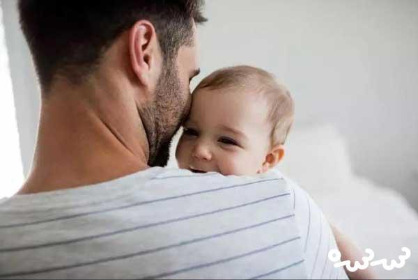 پدرها هم در بچه داری کمک می کنند ؛ چگونه؟!