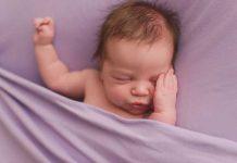 پرش های نوزاد در خواب