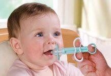 چند روش ایمن و موثر برای دادن دارو به کودک