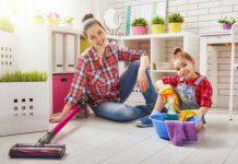 چگونه از کودک بخواهیم در کارهای خانه کمک کند؟
