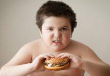 کودکان چاق ۴ برابر بیشتر در معرض ابتلا به دیابت هستند