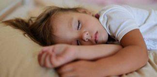 گرفتگی عضلات در خواب ؛ عوامل و راه های درمان آن