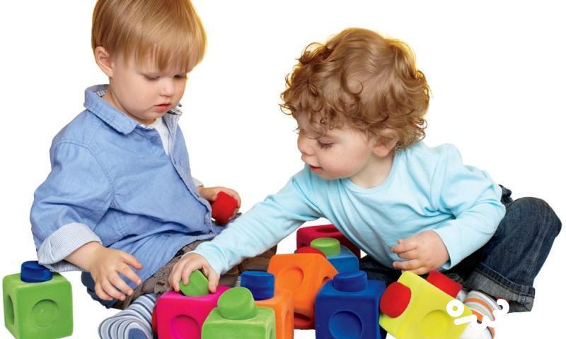 ۱۰ بازی برای ایجاد خلاقیت کودکان یک ساله