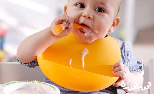 ۱۰ غذایی که بعد از قطع شیردهی نباید به کودکتان بدهید