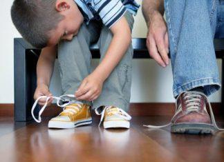 ۱۰ نکته درباره خرید کفش مدرسه