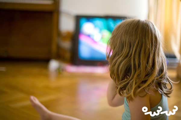 ۱۲ مورد از مضرات و فواید تلویزیون برای کودکان (قسمت دوم)