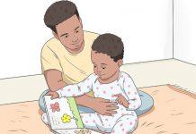 ۲ روش خواندن کتاب برای نوزاد و کودک نوپا
