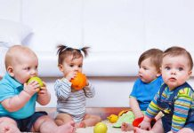۵ تمرین برای کمک به نشستن کودک