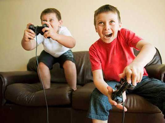 8 ضرر بازی های کامپیوتری بر سلامت کودکان