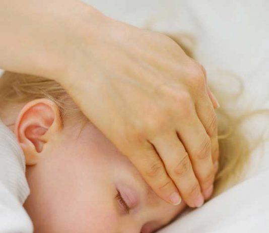 5 نکته ساده در مواجهه با اولین سرماخوردگی کودک