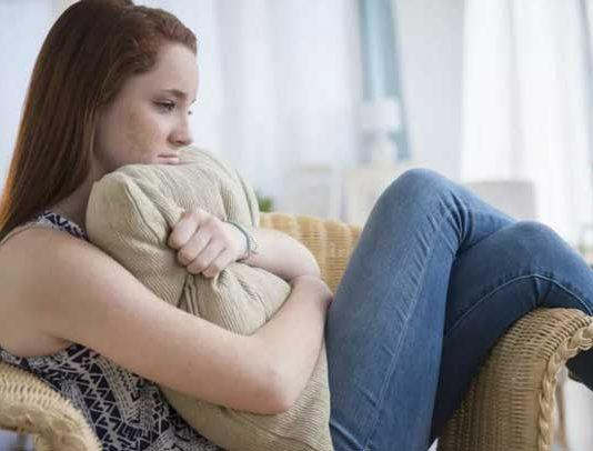 علت خودآزاری و خودزنی نوجوانان چیست؟