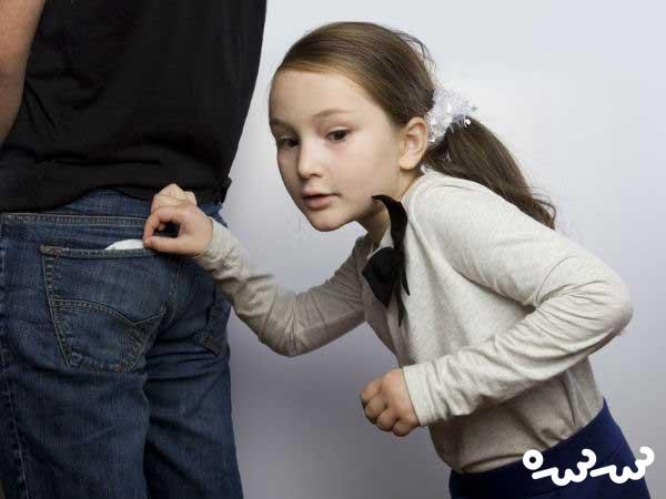 علت دست کجی بچه ها