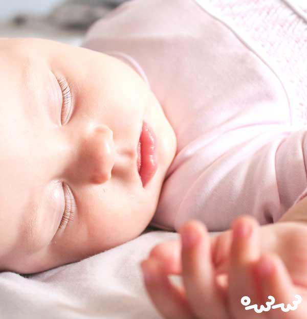 چرت زدن کودک را چگونه کنترل کنیم؟