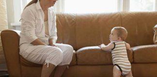 ایستادن نوزاد از چند ماهگی باید اتفاق بیفتد؟