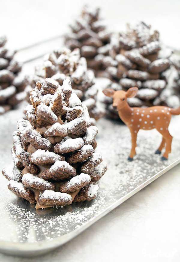 شکلات با طعم میوه کاج! عصرانه روز کریسمس