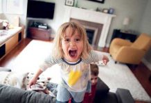 مواظب سلامتی کودکان آپارتمان نشین باشید