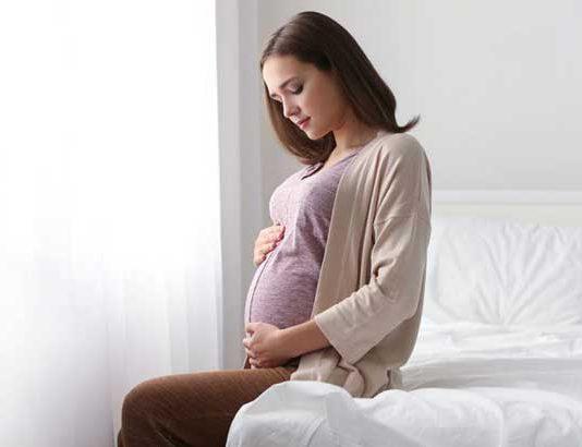 طرز صحیح بلند شدن از رختخواب در بارداری