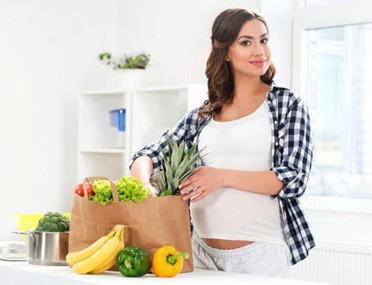 ۱۸ مواد غذایی که باعث سقط جنین میشود