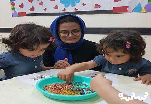 کارگاه مادر و کودک در خانه فرهنگ حافظیه