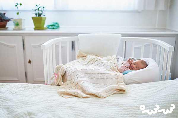 تنها خوابیدن نوزاد