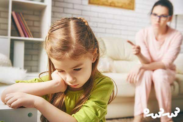 چگونه با کودک که حرف گوش نکن رفتار کنیم