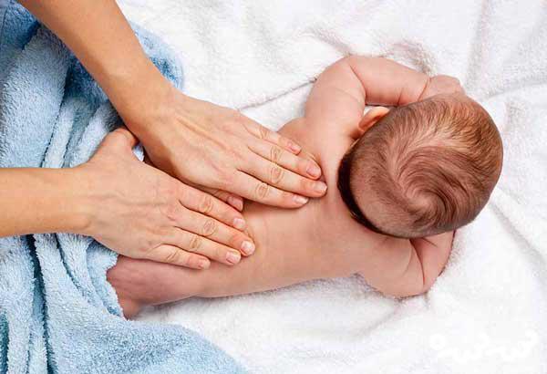 روغن زیتون برای خشکی پوست نوزاد