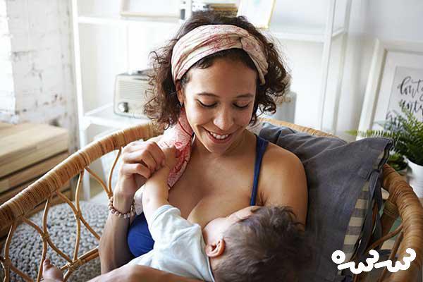 ارتباط عاطفی مادر با نوزاد