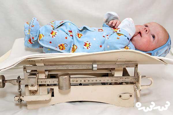 وزن نوزاد هنگام تولد نی نی سایت